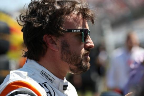 Apesar de ano ruim da McLaren, Alonso se diz