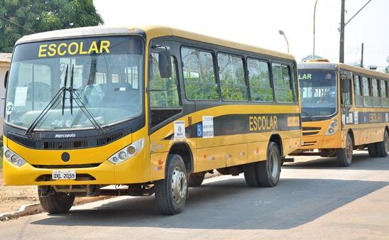 Secretaria de Educação cumpre recomendações do MPF e DETRAN vistoria ônibus escolares de Monte Negro