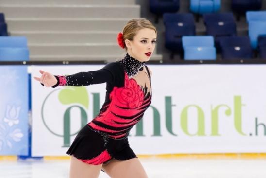 Isadora Williams festeja vaga para PyeongChang: