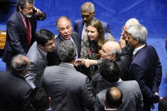 Proposta de reforma eleitoral é sancionada com veto à censura na internet