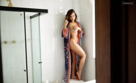 Ensaio sensual de Aryane Steinkopf - PAPARAZZO
