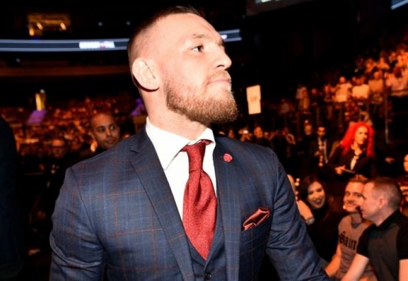 UFC pode tomar cinturão de Conor e casar Khabib x Tony pelo título linear