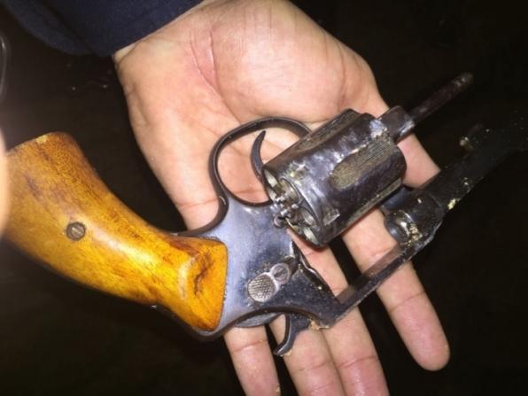 Policiais do 7° BPM evitam roubo, detém elemento e apreendem revólver