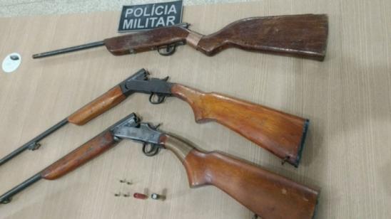 Ariquemes: Policiais militares prendem homens por posse irregular e comércio ilegal de armas