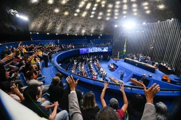 Reajuste salarial para agentes de saúde e endemias é aprovado pelo Senado
