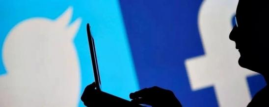 Facebook e Twitter banem centenas de contas falsas ligadas à Rússia e Irã