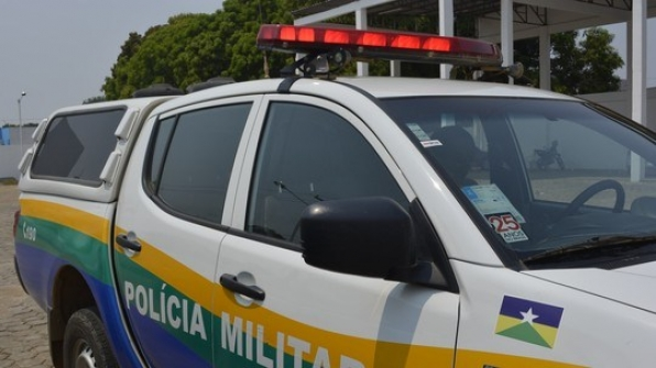 Campo Novo - Mulher esfaqueada nas costas morre em hospital e suspeito é preso no sítio do pai em RO