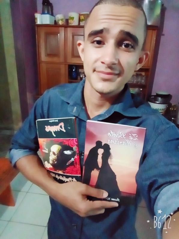 Poeta de Rondônia faz campanha coletiva na Internet para publicar livro.