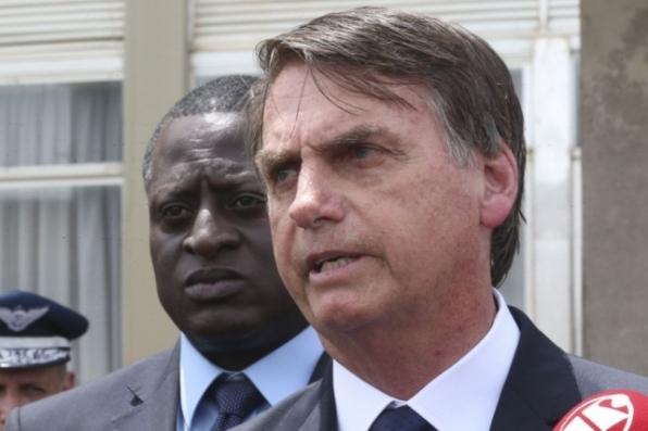 Bolsonaro diz que caixa-preta de órgãos federais começou a ser aberta