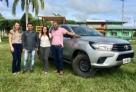 Secretaria Municipal de Saúde de Monte Negro recebe camionete para atendimento a população