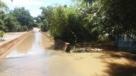 Ponte da RO-257 é submersa por rio e rodovia interditada pela PRF