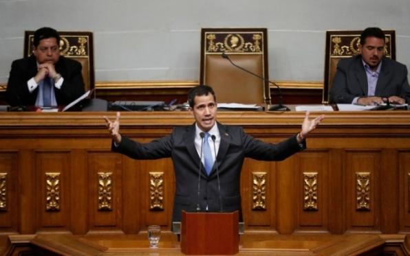 Assembleia aprova decreto de Guaidó que declara estado de alarme na Venezuela