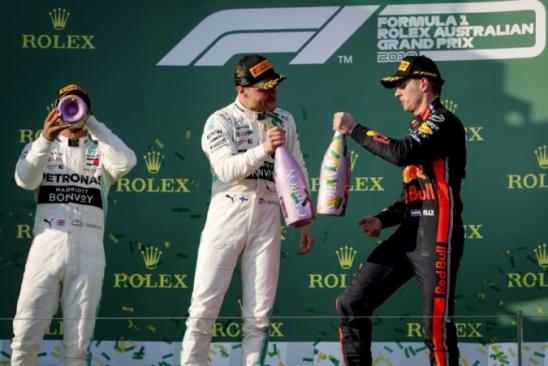 RBR releva sondagem da Mercedes por Verstappen: