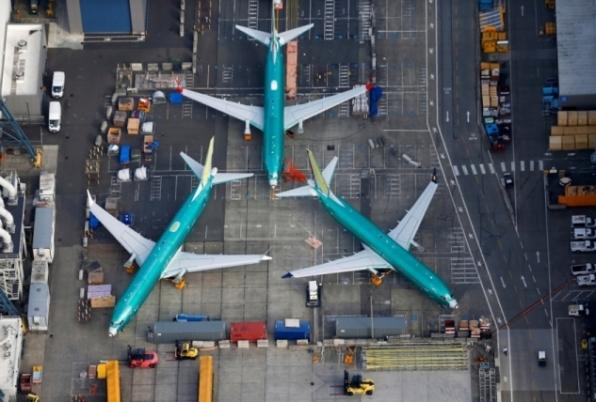 Boeing sabia de falha no 737 MAX um ano antes de tragédia