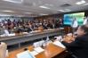 Ministro nega corte para universidades federais e defende educação básica