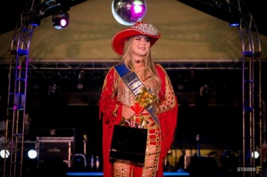 Nathiele Ariane é eleita rainha da 02ª Edição doRodeio Sipemontde Monte Negro, RO
