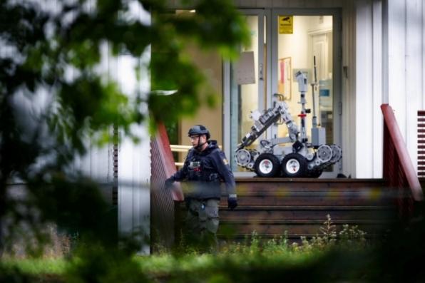 Polícia diz ver motivação terrorista em ataque a mesquita na Noruega