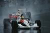 Corrida mais curta da história teve apenas 14 voltas, e Ayrton Senna venceu no temporal de Adelaide
