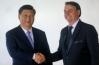 Bolsonaro se encontra com presidente chinês em Brasília