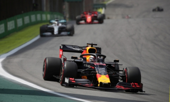 GP do Brasil: Verstappen vence prova