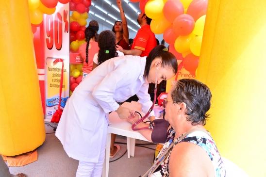 """Inaugurada a mais nova farmácia de Monte Negro, """"Farmácia Mega Popular"""", em Monte Negro"""