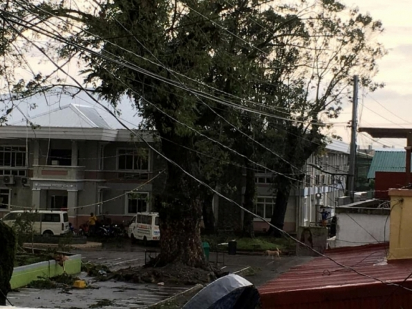 Tufão deixa mortos e desaparecidos nas Filipinas