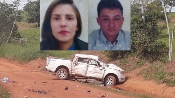 CAMINHONETE CAPOTA E DUAS PESSOAS MORREM APÓS SEREM ARREMESSADAS PARA FORA DO VEÍCULO