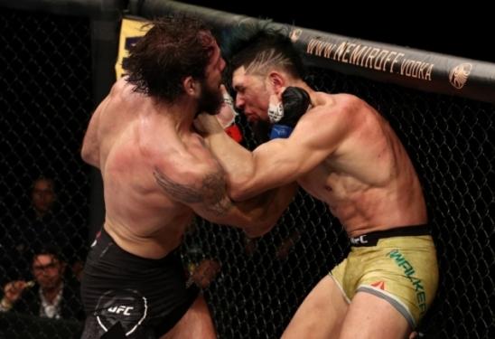 Johnny Walker é dominado por Nikita Krylov e sofre segunda derrota consecutiva no UFC