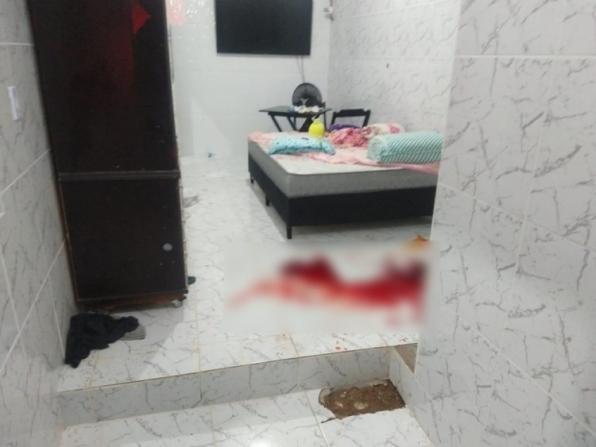 Homem tenta se matar após atirar contra companheiro em Ariquemes, RO