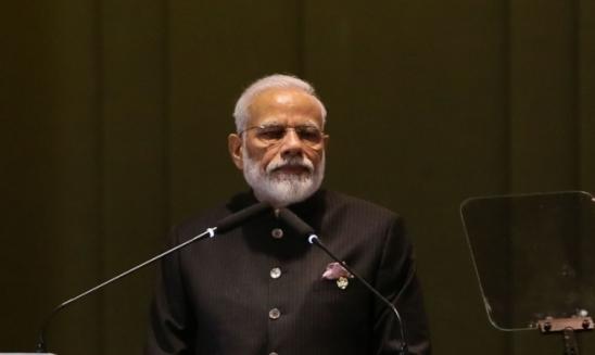 Modi diz que Índia é autossuficiente em vacinas contra covid-19